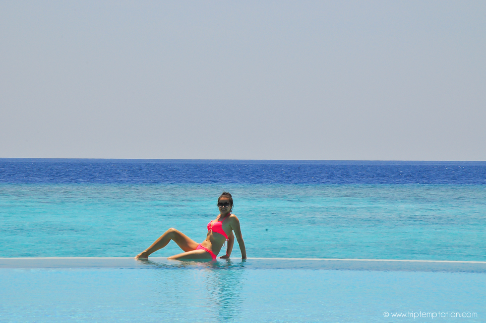 Largest infinity pool in Maldive island resort