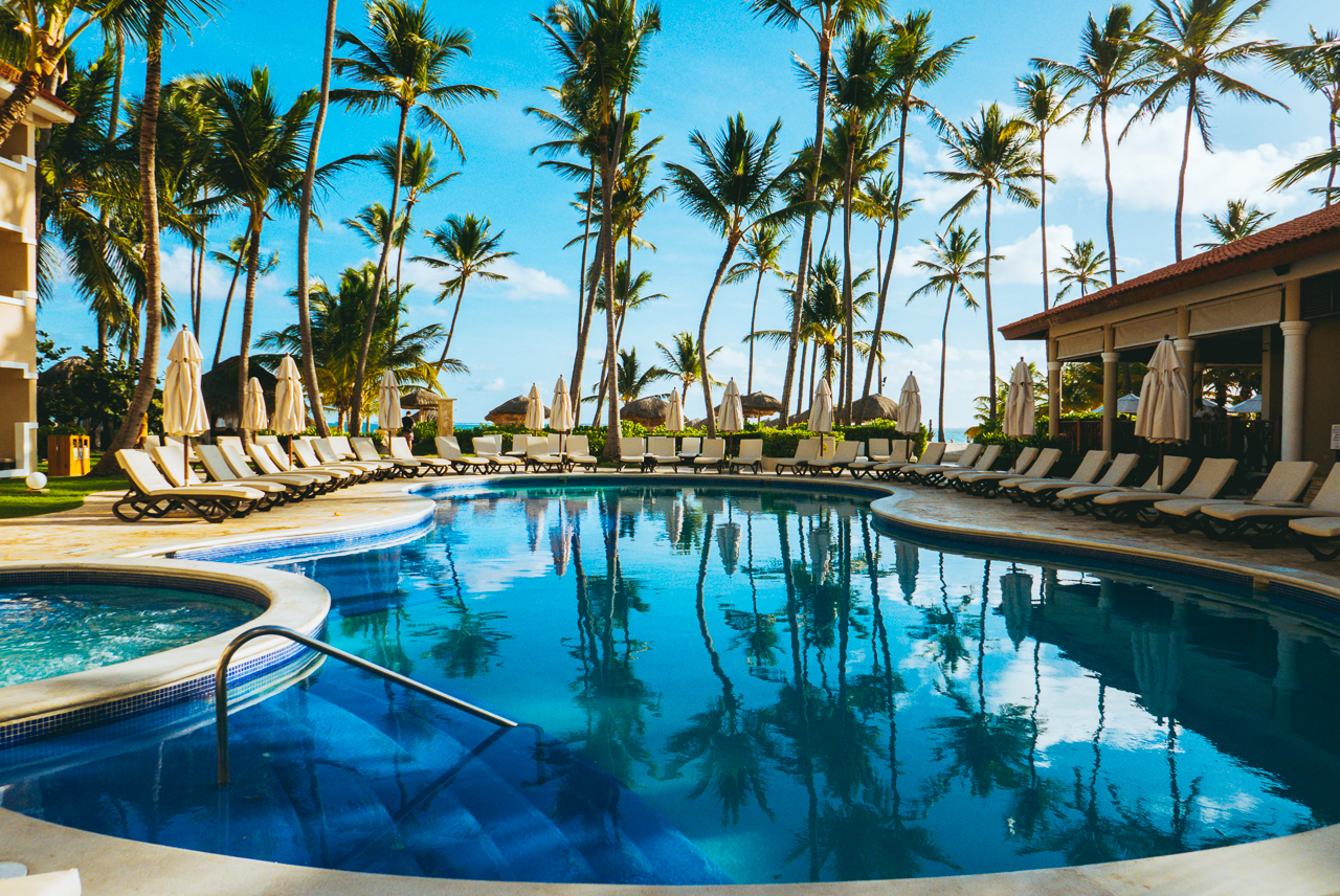 Dreams palm beach punta cana a white sandy beach and laid - Palm beach pool ...