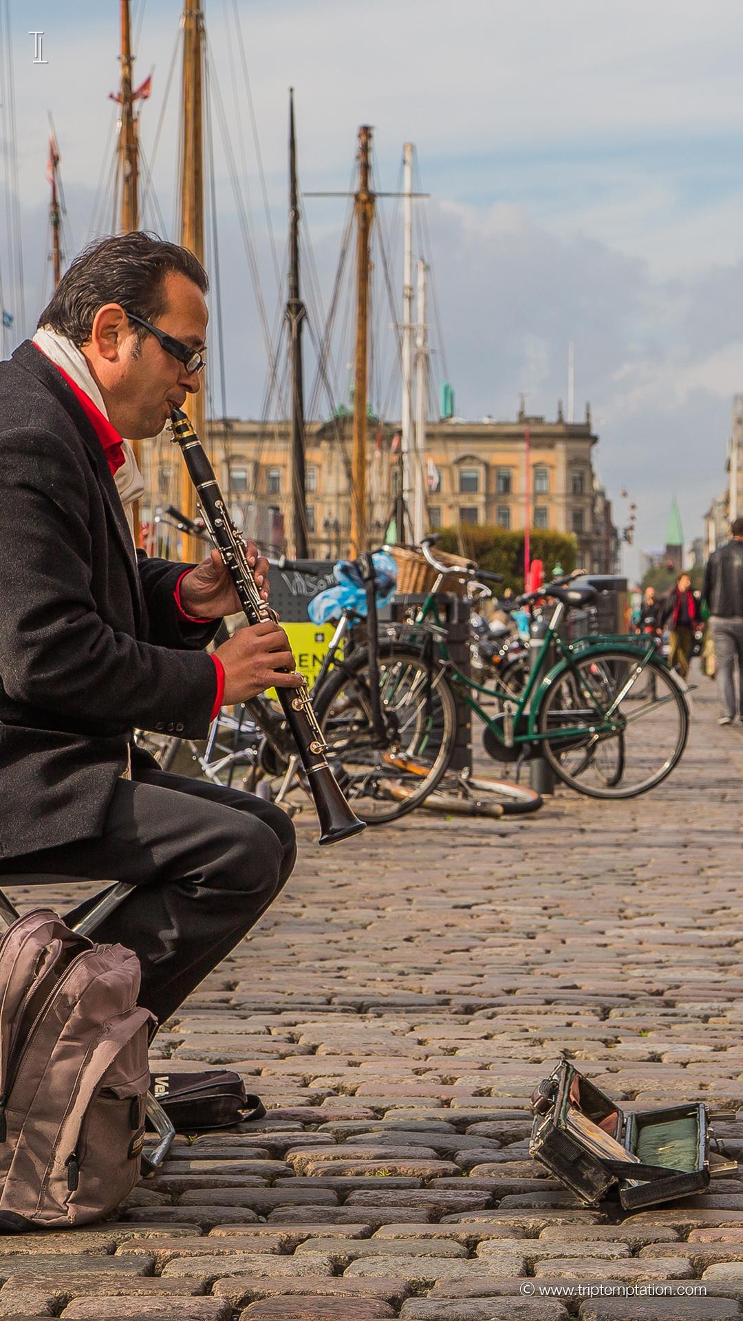 Download Nyhavn Street Art IPhone 6 Plus