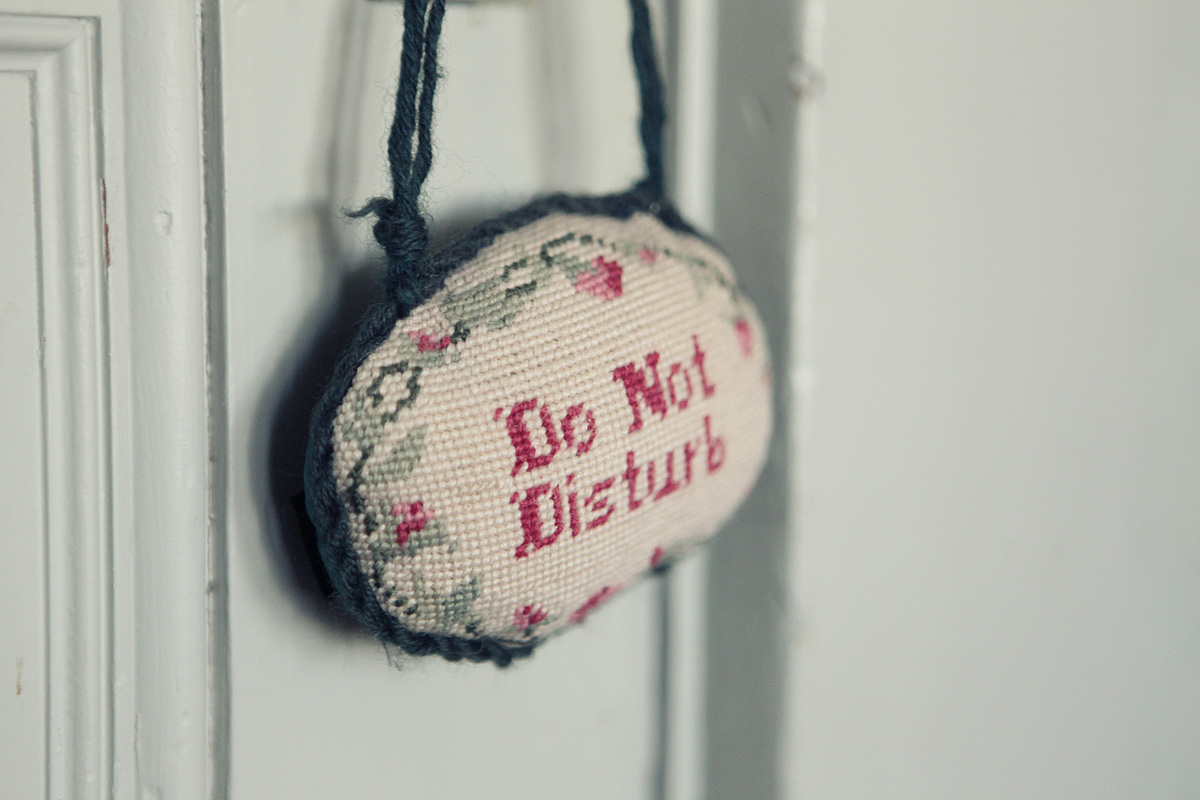 Do not disturb sign Spencer Mansion hotel San Francisco