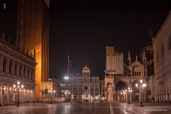 Saint Marco square clocktower wallpaper