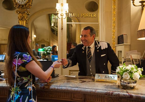 How to book Ritz London