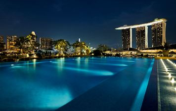 The Fullerton Bay Hotel: Glam and the City