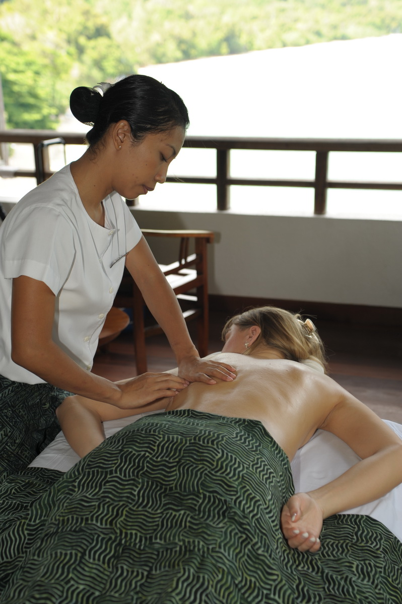 Relaxing massage in Malaysia