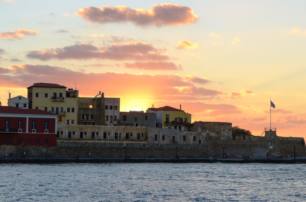 Best time for visiting Crete island
