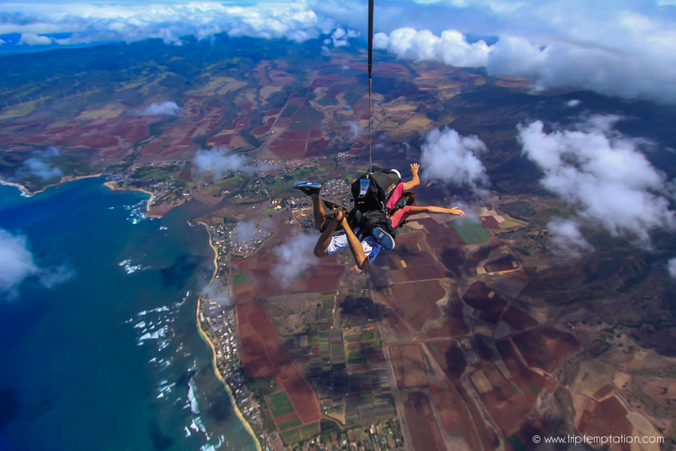 Flying over Hawaii islands, skydiving