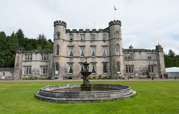 Melville Castle - Home to Kings And Queens