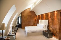 The Halkin by COMO:  London Luxury with Italian Zen