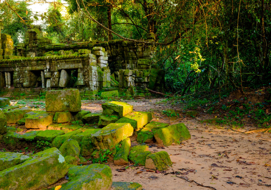 Ancient and wild atmosphere in Preah Khan temple