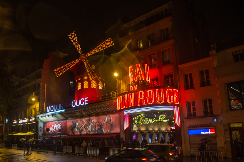 Visiting Moulin Rouge in Paris