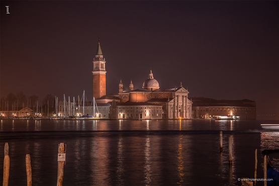 Venice night laguna view wallpaper