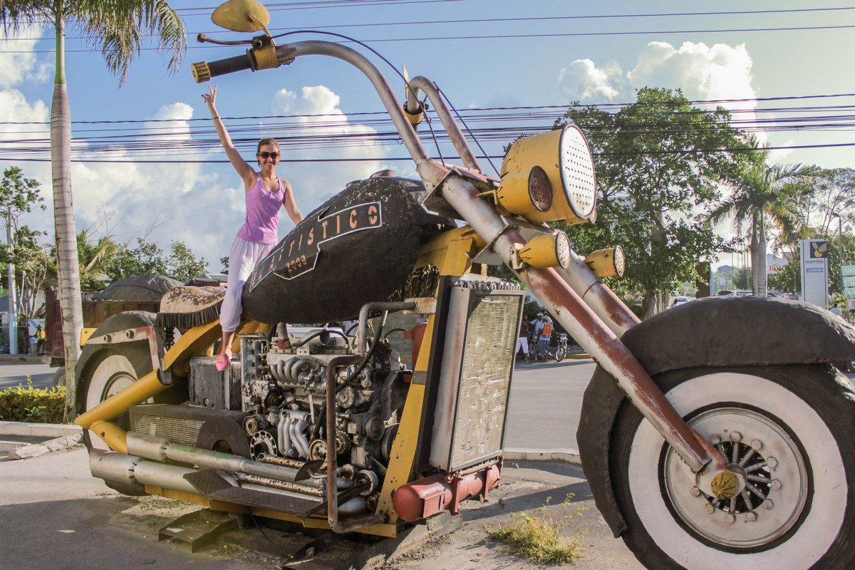 Big motorcycle in Dominicana