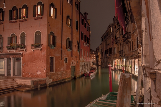 Venice streets at night wallpapers