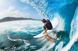 Making Waves: the 5 Best Spots to Go Surfing around the World