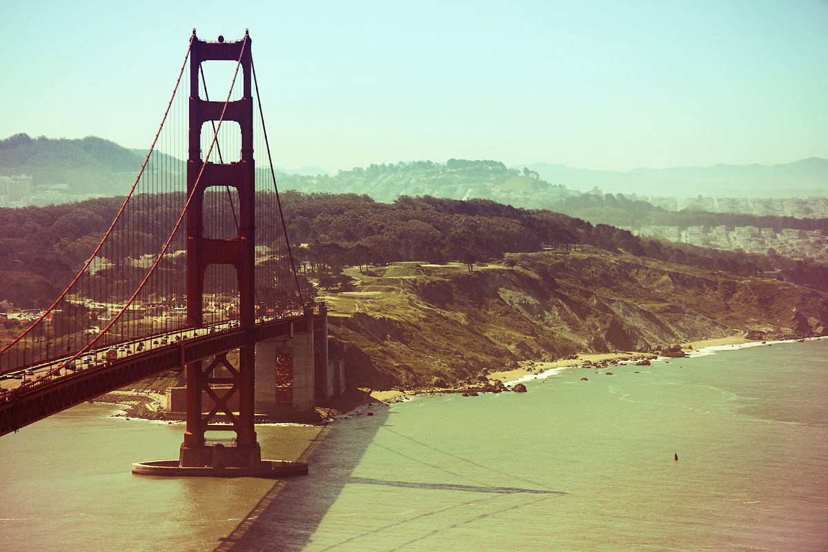 Golden Gate Bridge beautiful scenery view