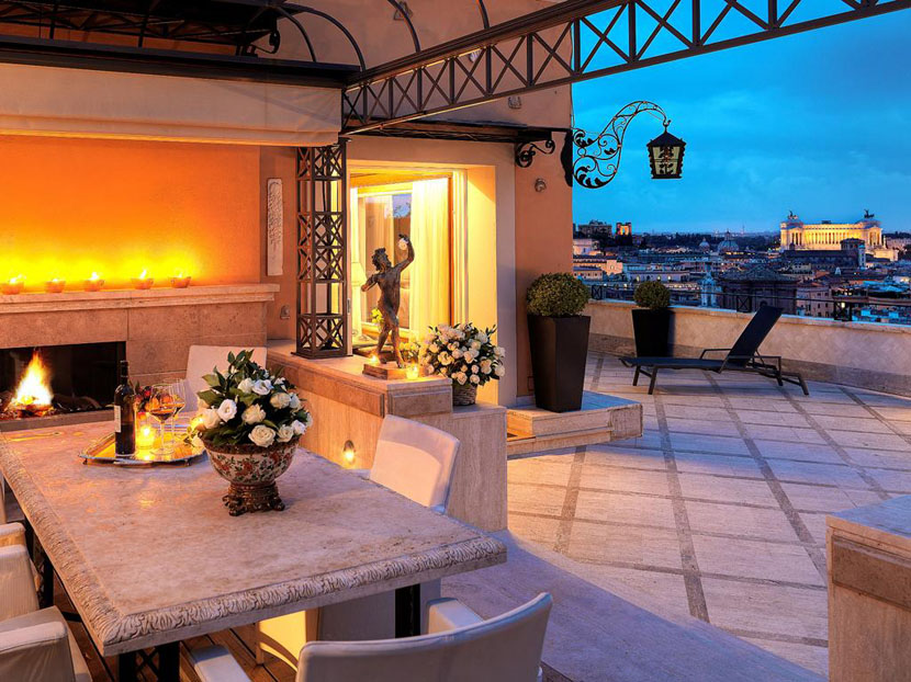 Penthouse luxury hotel room in Rome
