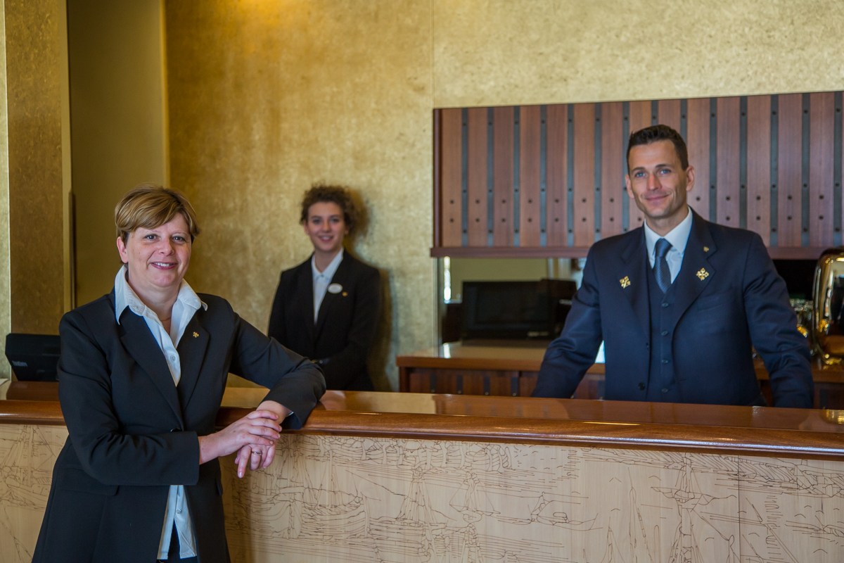 Londra Palace employees
