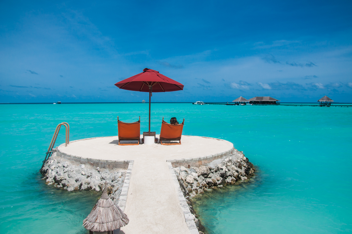 Relaxing near clear blue water Maldives