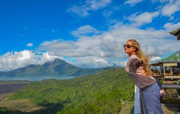 My Bali: Sunrise On the Top of An Active Volcano and the Most Expensive Coffee In The World