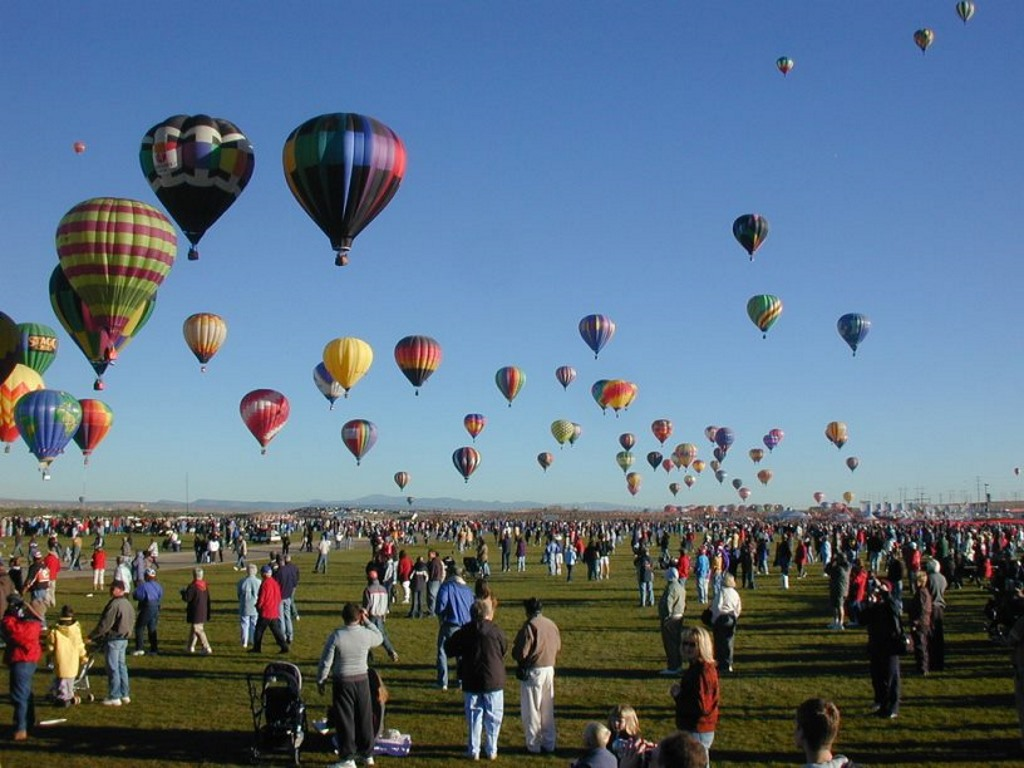 Fantastic hot air balloon rides in USA
