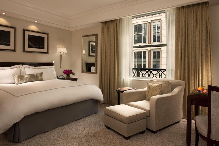 New york the top luxury hotels in manhattan for Small luxury hotels chicago