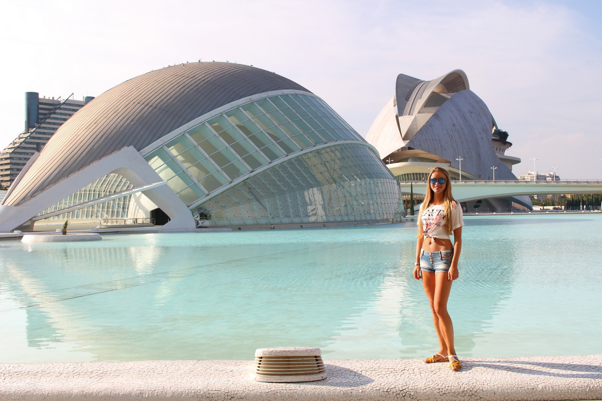 gorgeous architecture of Valencia