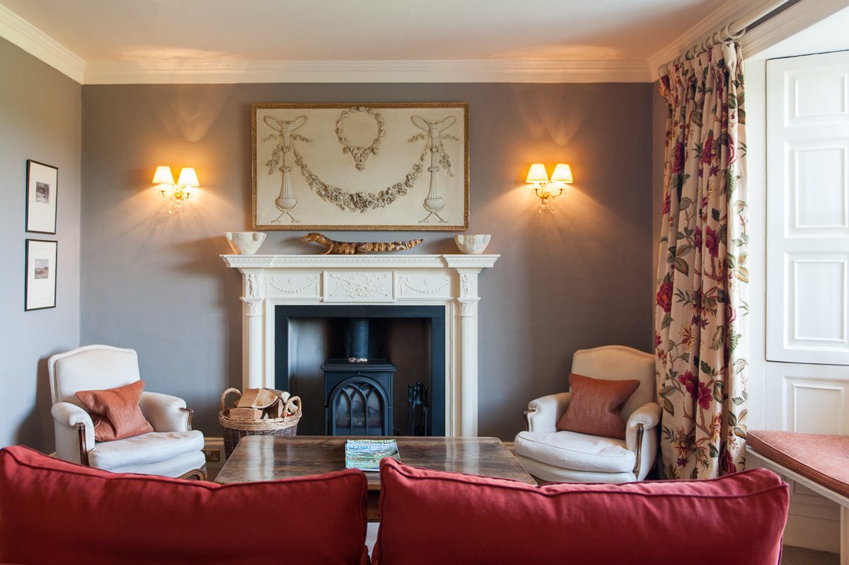 Cosy lounge in Eltermere Inn