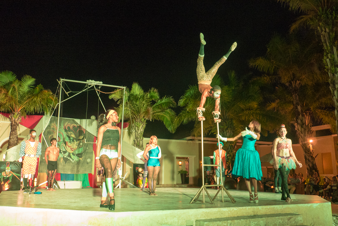 Evening show at Now Larimar hotel