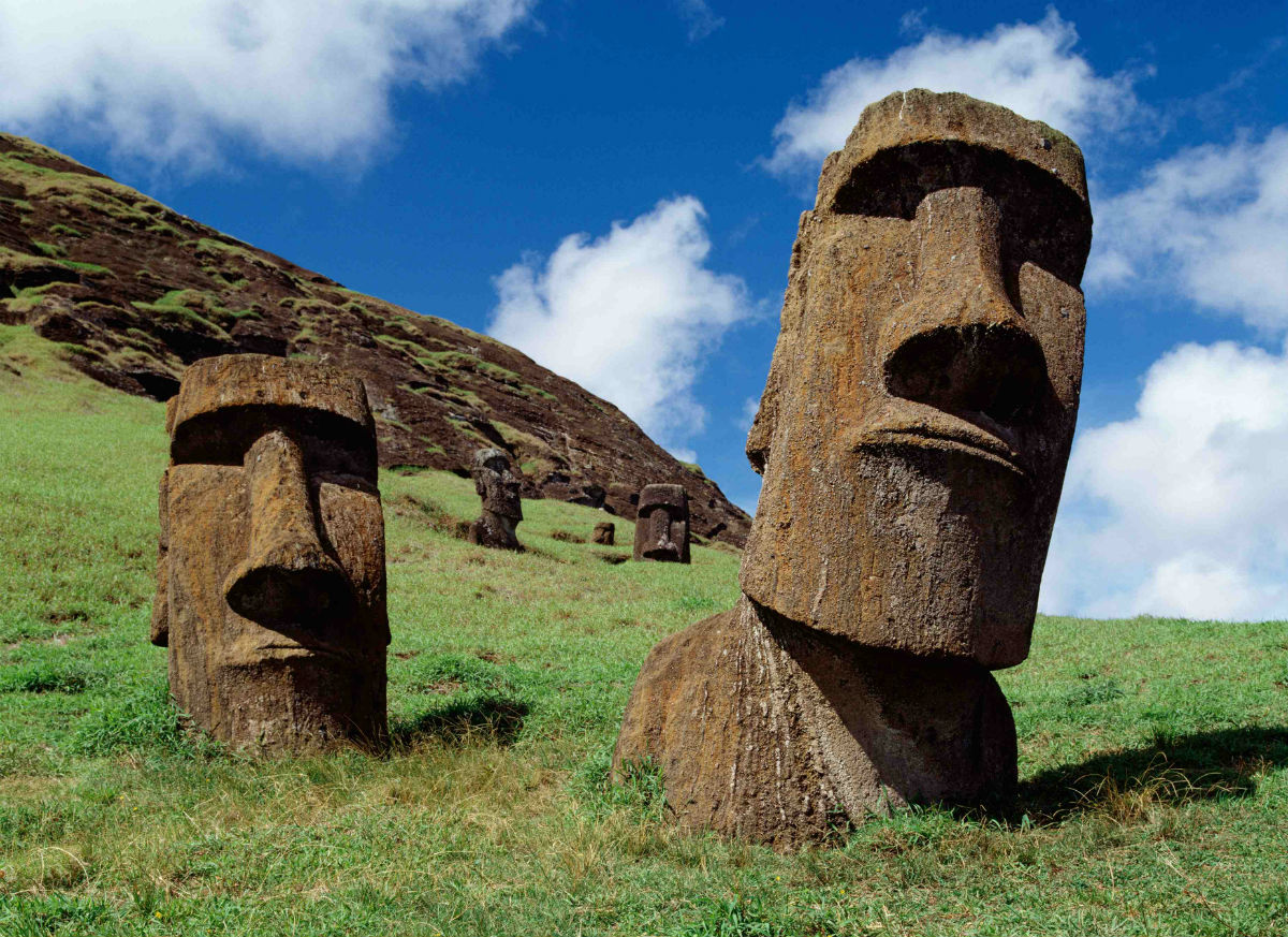 Mysterios moai statues in Chile